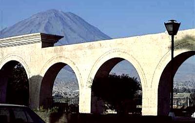 Foto al Mirador de Yanahuara - Arequipa