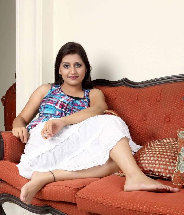 Malayalam actress sarayu very hot photos