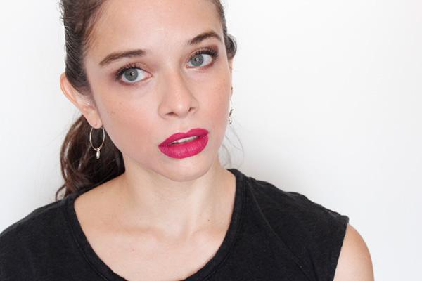 maquillaje ojos cobrizos lipstick vino