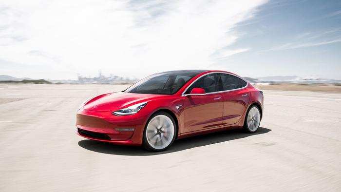 Tesla Model 3 gây sốt tại Na Uy, bán ra gần 5.000 xe