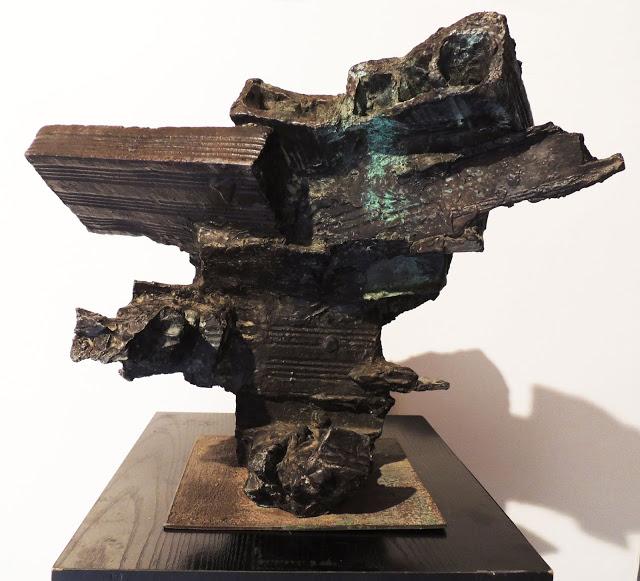 Escultura bronce Pablo Serrano bóveda para el hombre