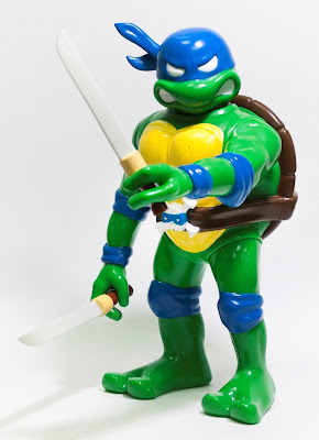 RealxHead Teenage Mutant Ninja Turtles Vinyl Figure Collection by Unbox Industries - Leonardo