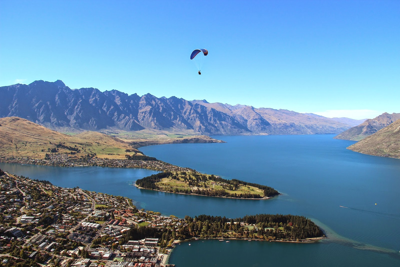 Lake Wakatipu Paragliding Queenstown