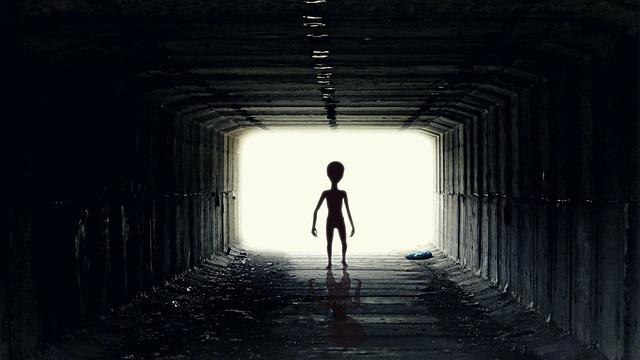 क्या इस सम्पूर्ण ब्रमांड में हम अकेले हे क्या एलियन हे ?