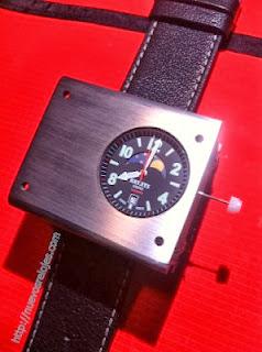 e141b830bb5d EEUU   Presentan el primer reloj de pulsera atómico