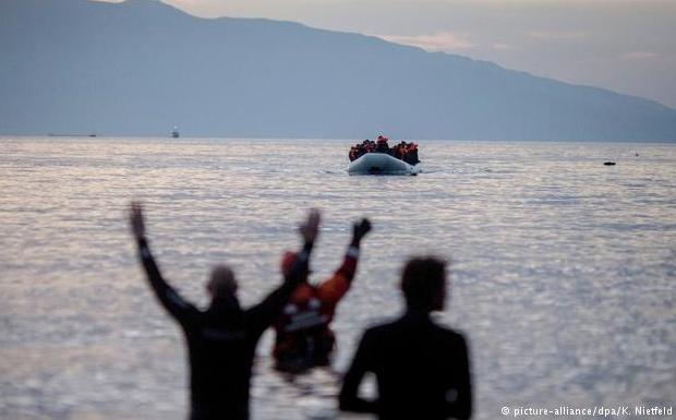 Το παράλογο θέατρο ανοχής της παράνομης μεταναστεύσεως