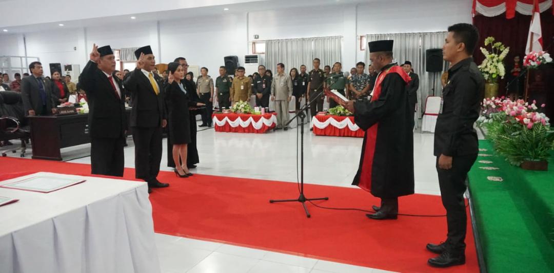 John Pontoh Janis Dilantik Menjadi Ketua DPRD Definitif