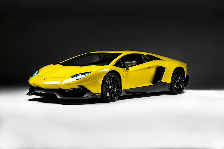 Lamborghini Aventador Roadster Price In India Car Review And Gallery