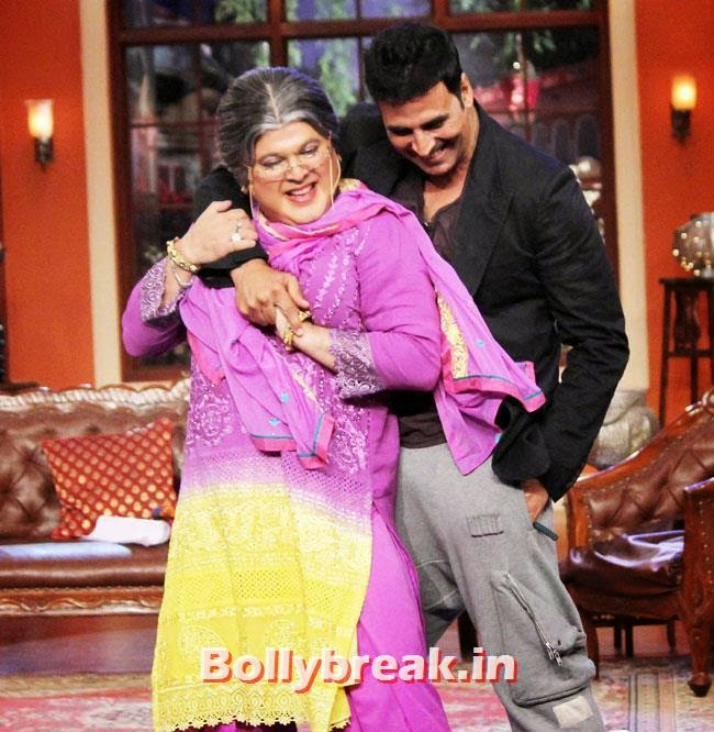 Ali Asgar and Akshay Kumar, Akshay Kumar on Comedy nights with Kapil for Holiday movie promotion