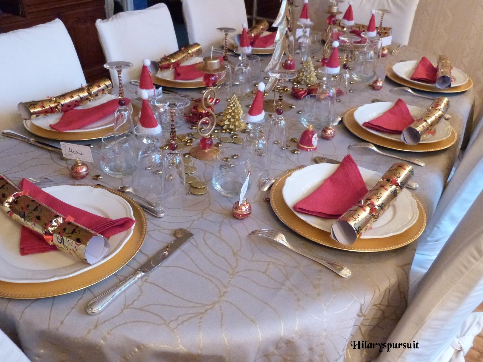 dans la cuisine d 39 hilary sp cial f tes table de no l d 39 or ou table de no l d 39 argent xmas. Black Bedroom Furniture Sets. Home Design Ideas