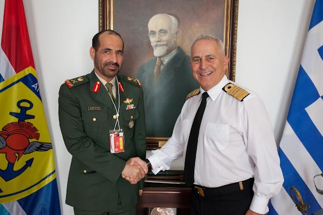 ΓΕΕΘΑ: Υπογραφή στρατιωτικής συνεργασίας με τα Ηνωμένα Αραβικά Εμιράτα