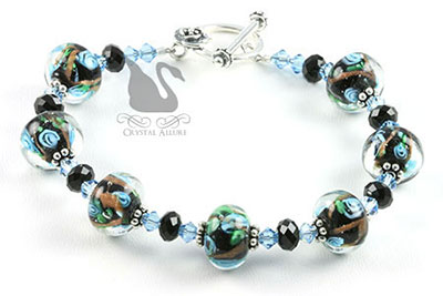 Aqua Flower Lampwork Crystal Beaded Bracelet (B107)