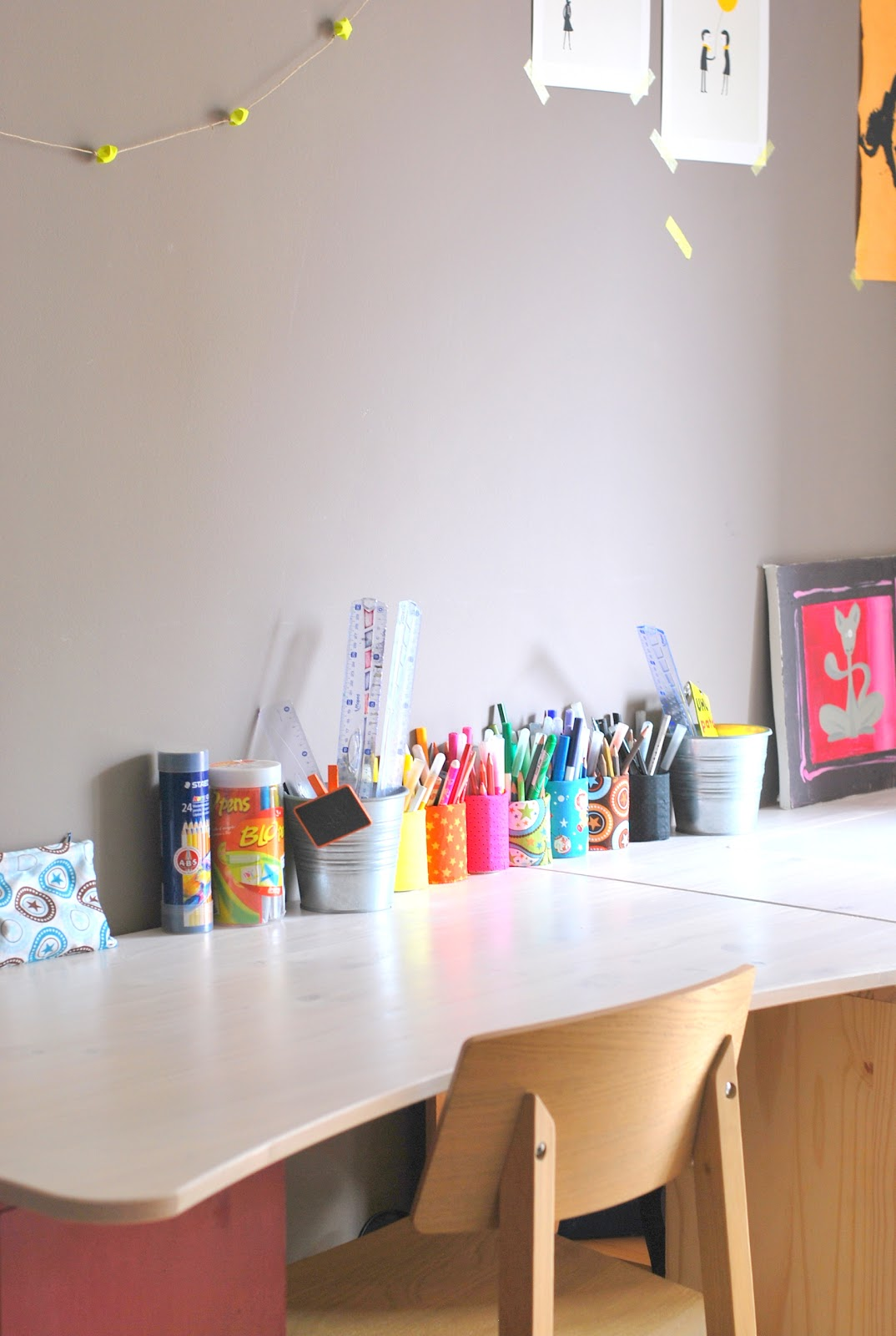 le grand bazaar range ta chambre. Black Bedroom Furniture Sets. Home Design Ideas