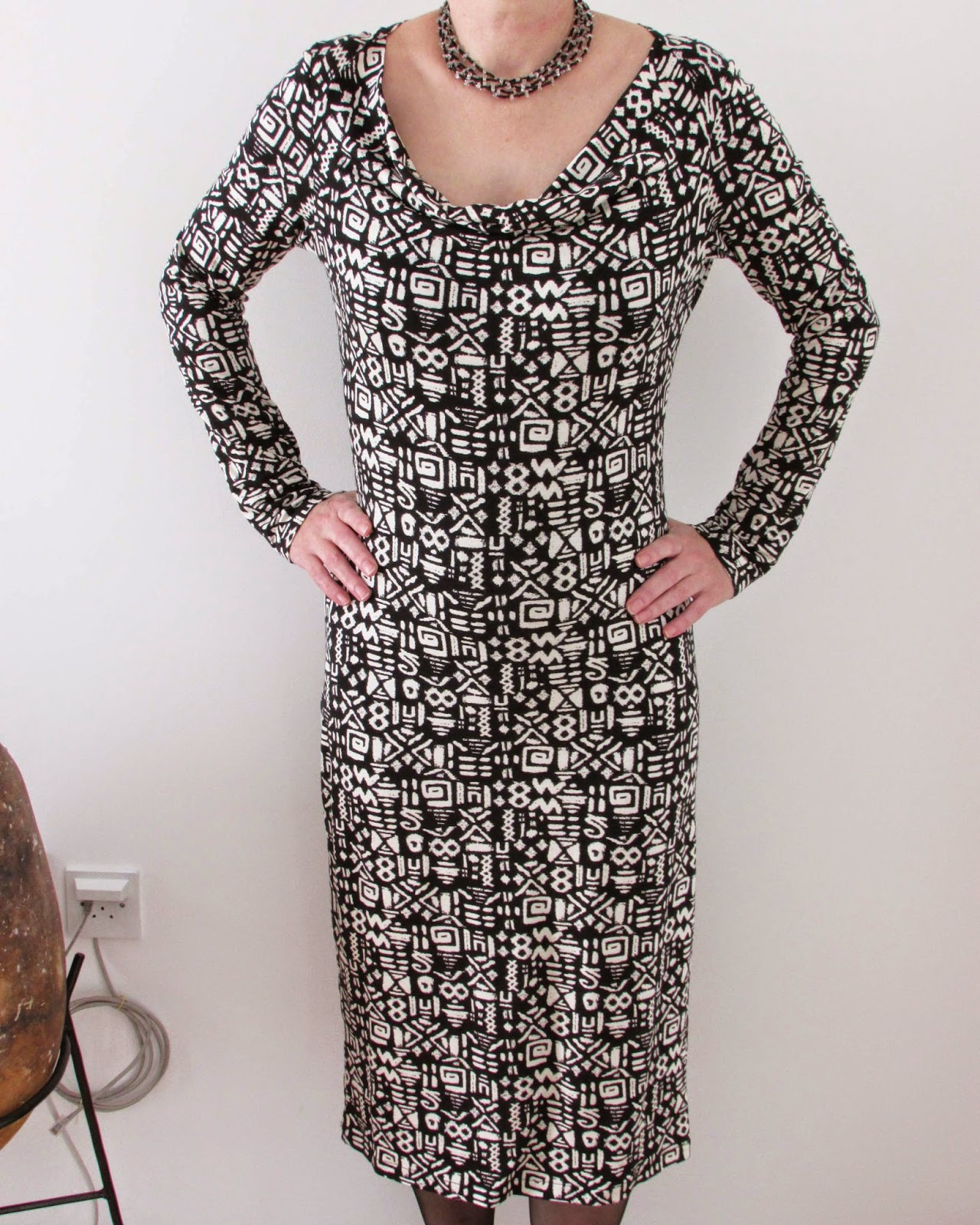 http://ladylinaland.blogspot.com/2015/02/long-sleeve-cowl-neck-dress.html
