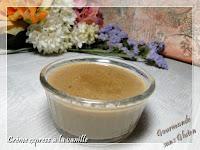 http://gourmandesansgluten.blogspot.fr/2015/11/creme-express-la-vanille.html