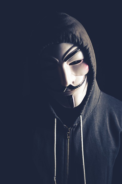 Hacking White-hat VS Black-hat Hackers