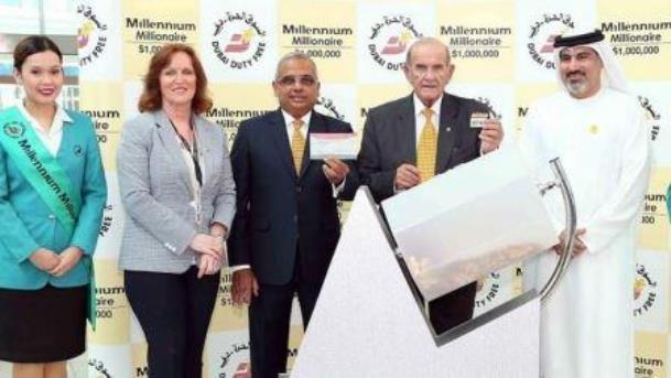 لبناني يفوز بجائزة يانصيب قيمتها مليون دولار للمرة الثانية في دبي!!