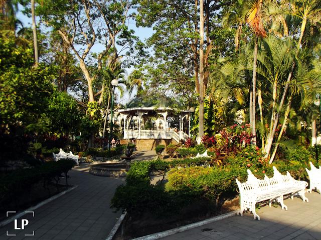 Representativos turísticos Colima, jardin torres quintero colima
