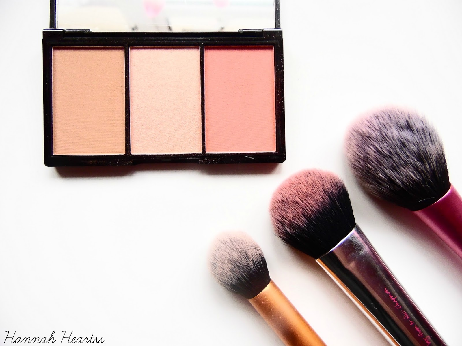 Makeup Revolution Iconic Blush, Bronze and Brighten Palette In Rave