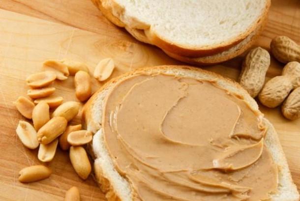 Konsumsi Selai Kacang Memperkecil Risiko Kanker Payudara