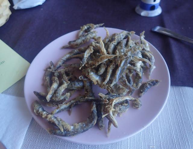 Caca (tsatsa) - smażone szprotki