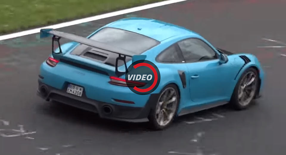porsche continues testing pre production gt2 rs 39 at the 39 ring. Black Bedroom Furniture Sets. Home Design Ideas
