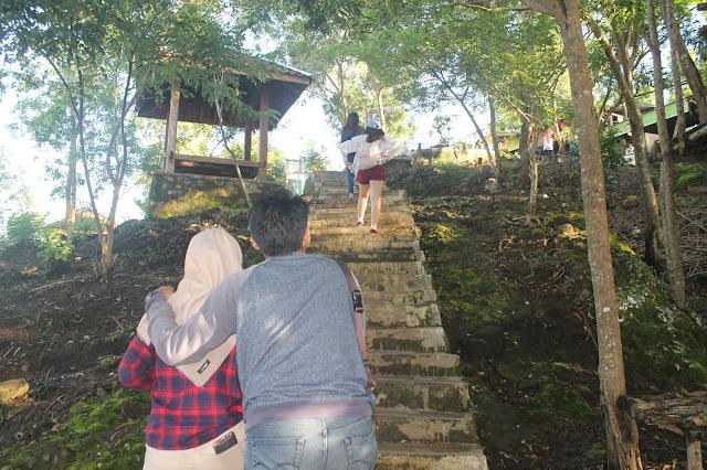 anak tangga mangunan