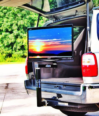 Awesome Tailgating Gadgets - Tailgate TV Stand