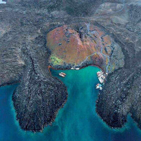 Santorini volcano - Ioanna's Notebook