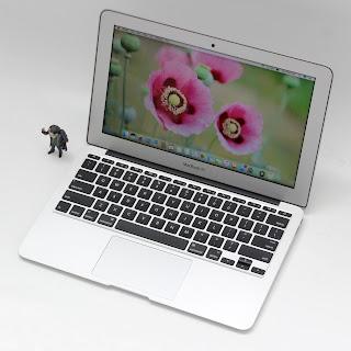 MacBook Air Core i7 (11.6-inch, Mid 2011)