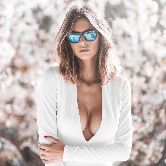 Sexy WAG: Melissa Satta