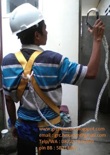 foto ilustrasi pemasangan body harness
