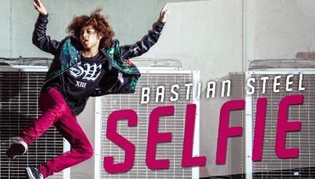 Lirik Lagu Bastian Steel - Selfie
