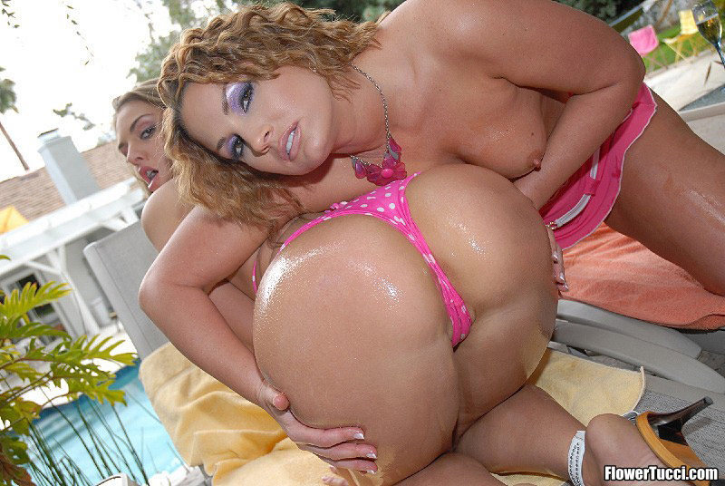 Flower Tucci Shopping