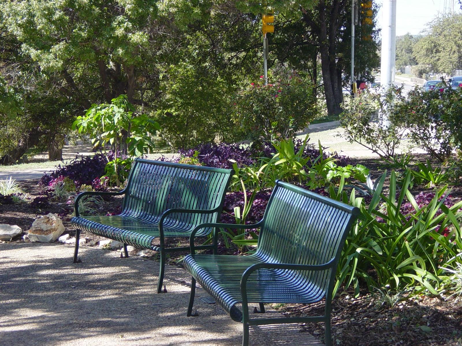 Garden Ally Downtown Views