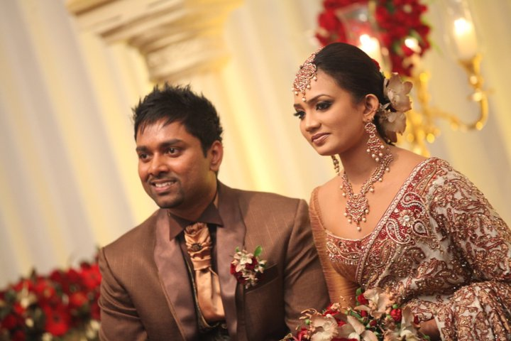 Homecoming photos of nadini premadasa sri lankan stars for Wedding party dresses in sri lanka