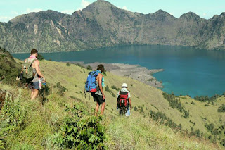 rinjani trekking 3 day 2 night