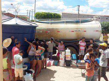Defesa Civil cadastra pipeiros para auxiliar no abastecimento em Campina Grande