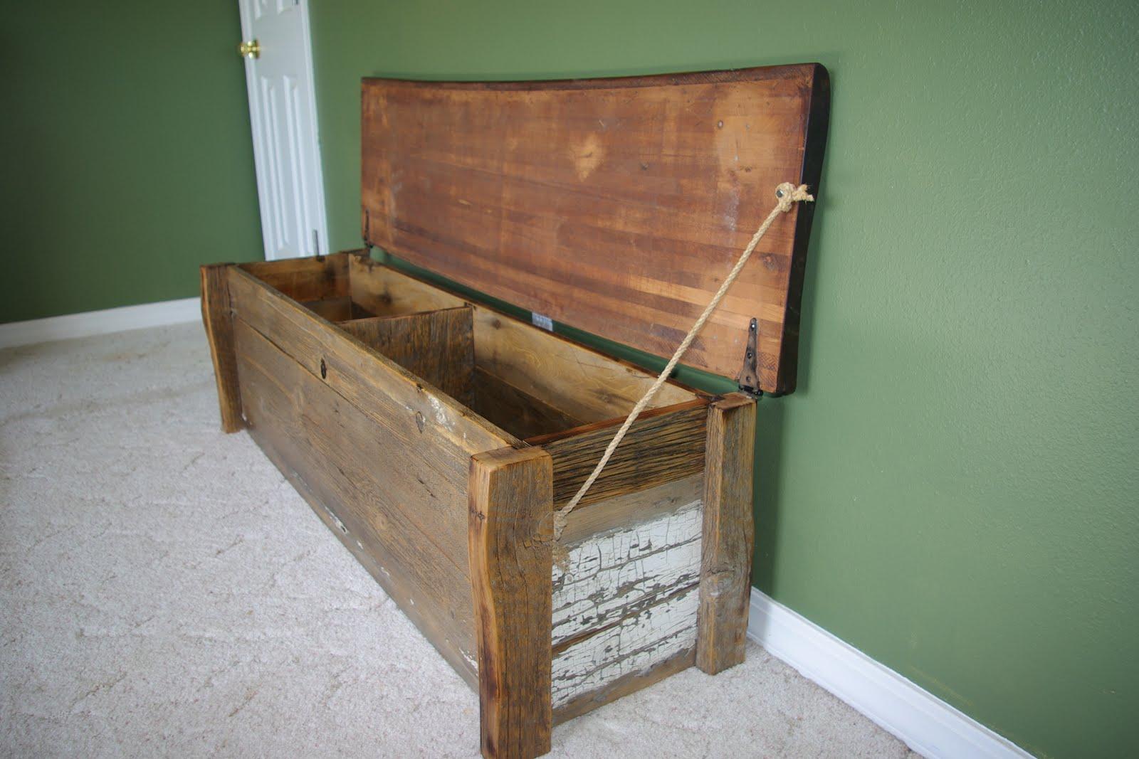 Reclaimed Rustics Barn Wood Bench Chest