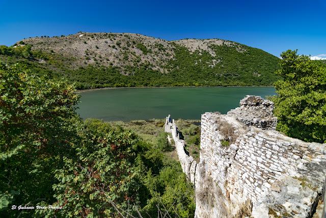 Murallas de Butrint - Albania por El Guisante Verde Project