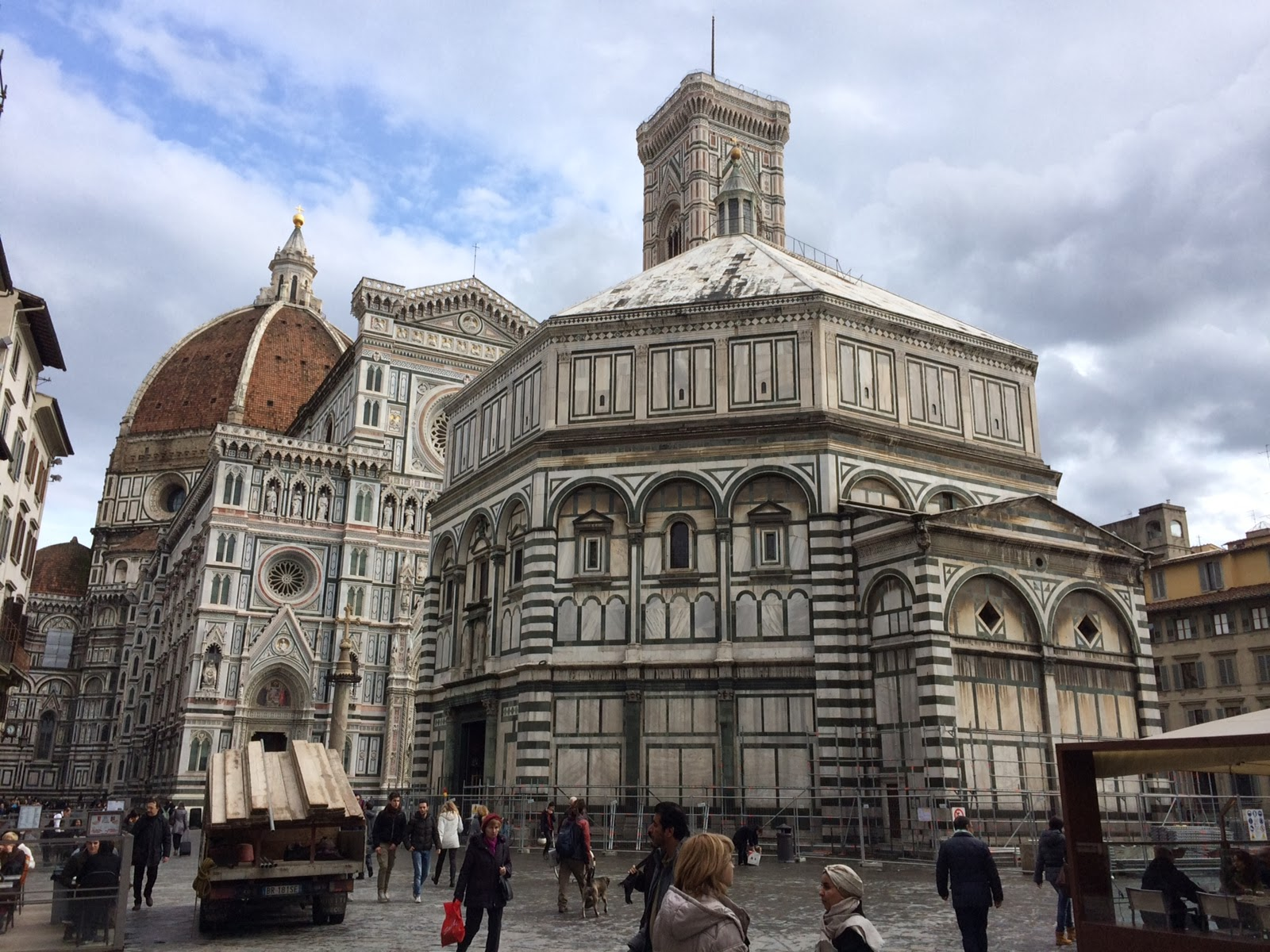 Italian Florence: A City Born Love: Travel Guide: Florence, Italy