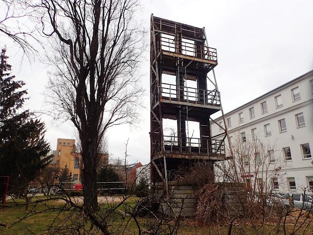 Bliżej niezidentyfikowany obiekt gdzieś we Wrocławiu