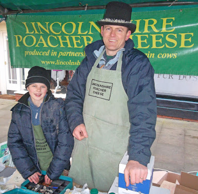 Picture one: Christmas Farmers' Market in Brigg DN20 8E - Nigel Fisher's Brigg Blog