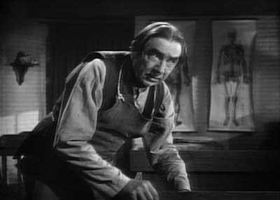 Bela Lugosi tiene un pequeño papel en The Body Snatcher (1945)