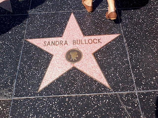 Sandra Bullock na Hollywood Boulevard