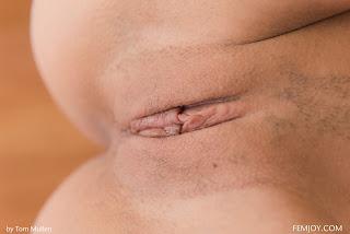 青少年的裸体女孩 - Carolina%2BAbril-S01-091.jpg