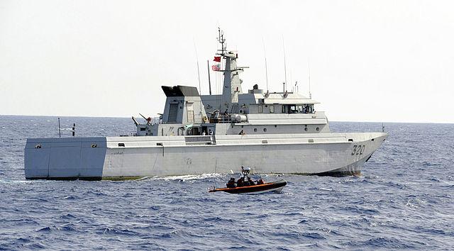 marine-armee-marocaine-tire-sur-un-batea-de-migrants