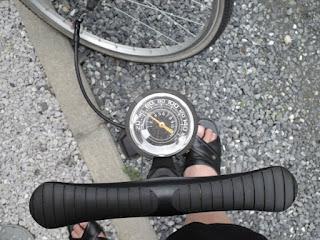 PWT 自転車空気入れ FP03 ゲージ付き