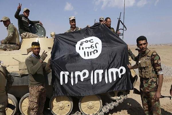 Militan dengan Bendera Hitam bertuliskan Tauhid Hancurkan Makam Keluarga Rasulullah di Suriah