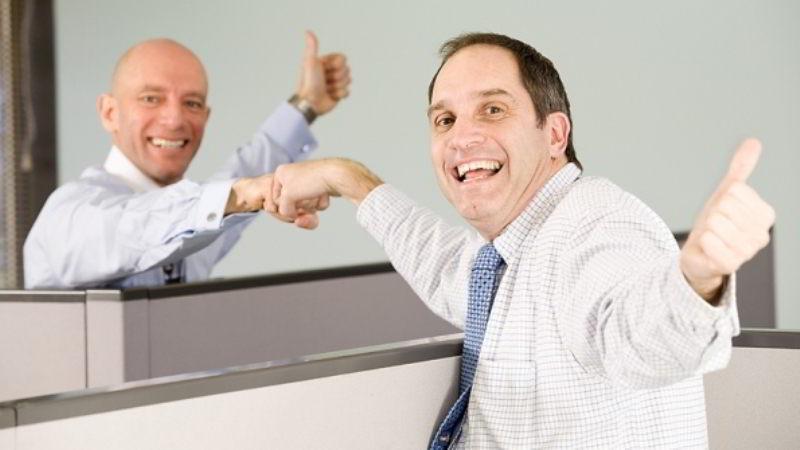 4 Tips untuk Tetap Bahagia di Tempat Kerja